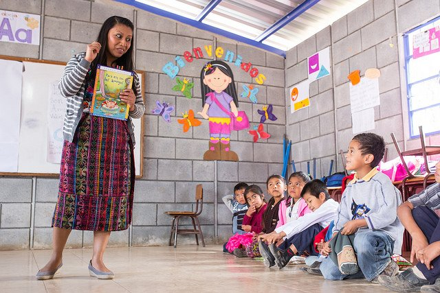 comprehension, writing, concentrated language encounter, training, teachers, sustainable, reading, primary school, Rotary, Guatemala, service projects, literacy, south America, books, education